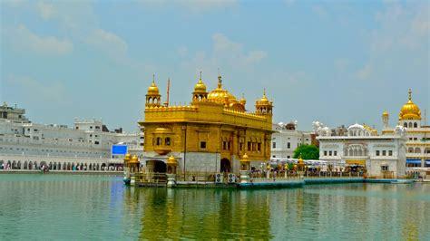 beautiful golden temple  amritsar punjab photo hd
