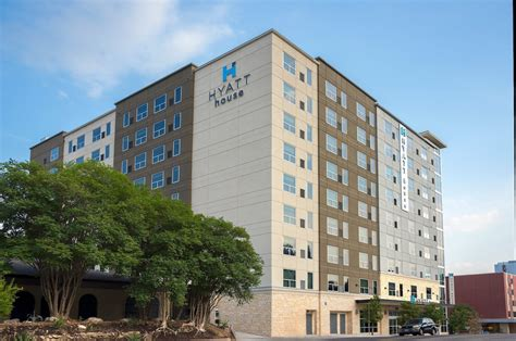 hyatt house austin houseperson at hyatt house austin downtown university interstate hotels resorts