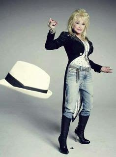 Photo Shoot Hello Dollie by Dolly Parton And Houses In On