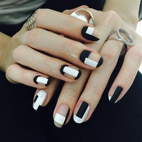 geometric pattern nails 142 best geometric nail art images on pinterest