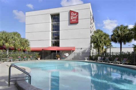 inn miami airport hotel roof inn plus miami airport miami reserving