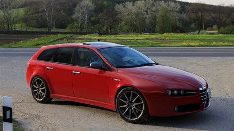 Alfa Romeo 159 Sportwagon by Alfa Romeo 159 Sportwagon Car Diary