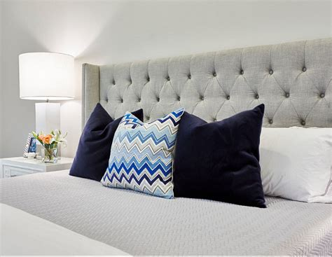 Bedroom Pillow Options Interior Design Ideas Home Bunch Interior Design Ideas