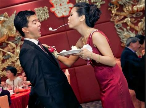 wedding games  couples entertain  guests