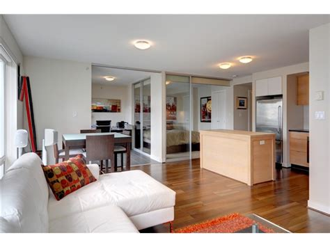 2 Bedroom Ola Residences   yaletown vancouver furnished condo rental at domus