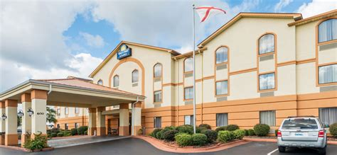 hotel in prattville alabama days inn and suites prattville