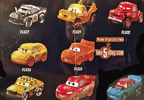 Mattel Cars Mini Racers Disney Wave 3 No 32 Dr Damage Mattel Disney Pixar Cars 3 Metal Mini Diecasts Wave 3