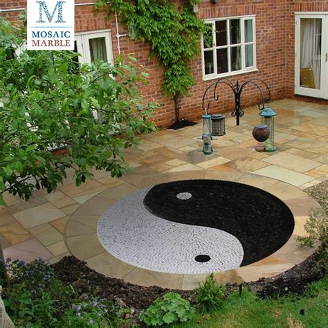 yin yang terrasse it s all about finding a happy balance ying yang peace