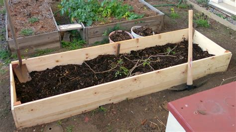 hugelkultur raised beds diy chronicles yet another unitarian universalist