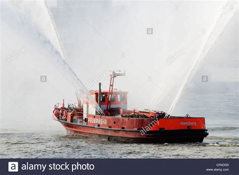 fire boat water cannon water cannon stock photos water cannon stock images alamy