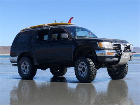 total chaos fabrication   runner wd wd long travel suspension kit