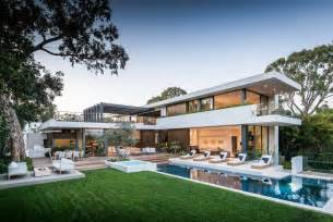 Home Design Palisades Center Contemporary Vicino Home In Los Angeles California 2015