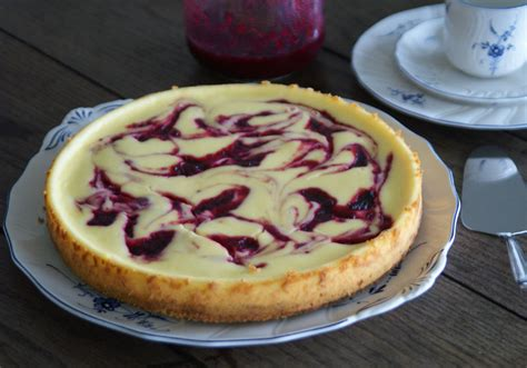 zutaten für kuchen white chocolate cheesecake with cranberry swirl usa