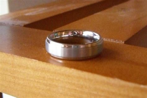 titanium or tungsten rings anybody have pics weddingbee