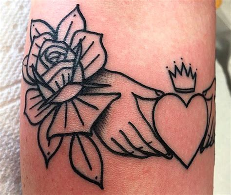 irish claddagh ring tattoo designs 25 of the most beautiful tattoos we ve seen