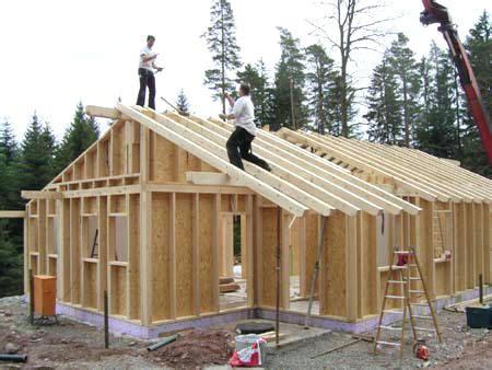 holzrahmenbau selber bauen holzhaus selber bauen tolle gartenhaus aus holz im garten