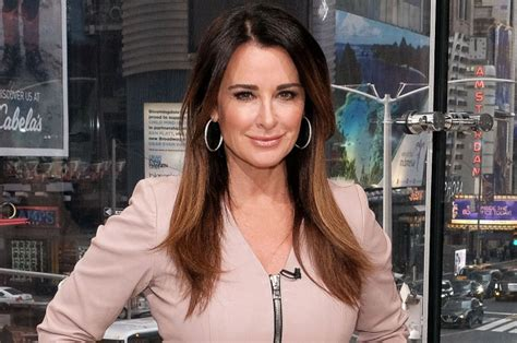 kyle richards needs to cut her hair kyle richards needs to cut her hair kyle richards needs to cut hair rhobh kyle richards kyle