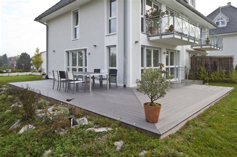 terrasse grau wpc terrassen in verschiedenen farben bs holzdesign