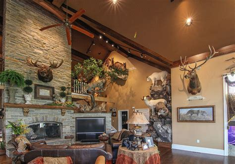 room designs custom trophy room taxidermy - Big Trophy Rooms