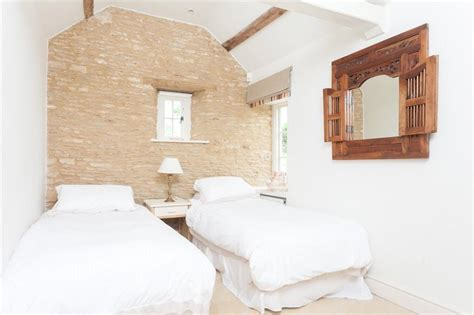 4 bedroom house with annexe 4 bedroom detached house for sale in castle combe
