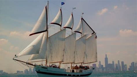 chicago boat tours discount tall ship windy boat tours navy pier chicago discount