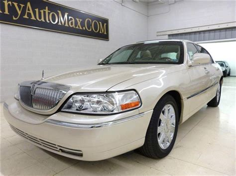 books on how cars work 2003 lincoln town car user handbook 2003 used lincoln town car cartier at luxury automax serving chambersburg pa iid 11610348