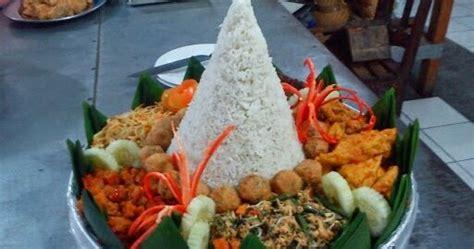 alat dan bahan membuat nasi uduk resep nasi tumpeng putih komplit indonesian food recipes