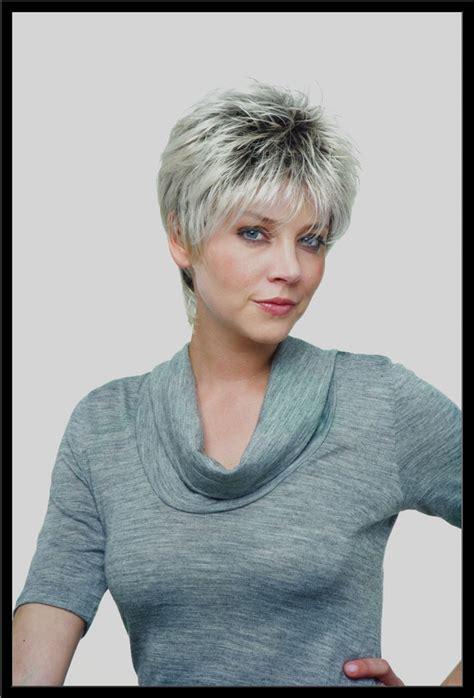 photo coiffure femme photos coiffure femme cheveux gris coiffures de mode moderne