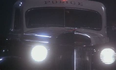 Die Motorrad Cops Stream by Imcdb Org 1936 Chrysler Airstream C 7 In Quot James And The