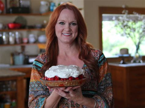 all the things you didn t know about the pioneer woman ree drummond food network food network