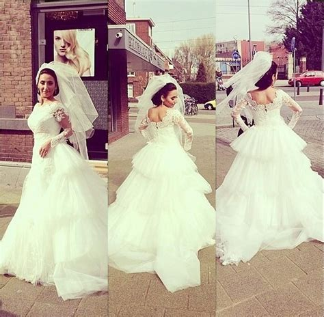 white wedding gowns with sleeves white wedding dresses sleeves wedding gown lace