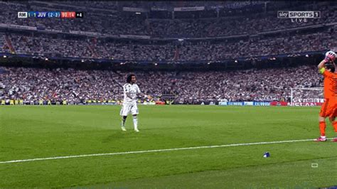 new format for gif realmadrid soccer gif create discover and share on gfycat