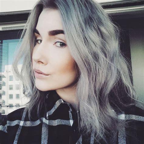 gray hair fad 12 meisjes die heel graag op hun oma willen lijken life