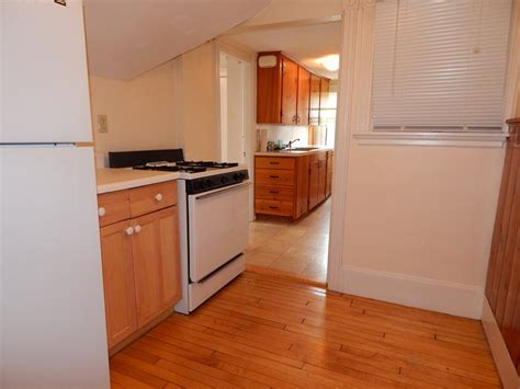 1 bedroom apartments all utilities included all utilities included in this west end nice 1 bedroom