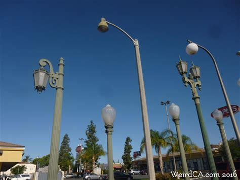light poles in la vermonica weird california