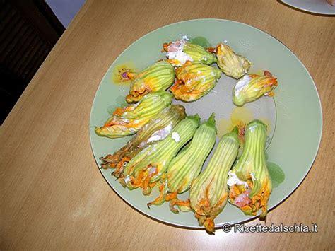 fiori di zucca ripieni di gamberi vestiti da battesimo per bimbo fiori di zucca ripieni di