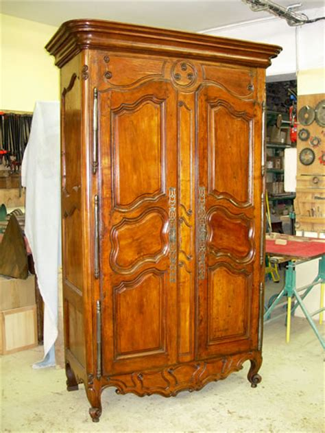 armoire provencale restauration armoire de fourques restauration armoire