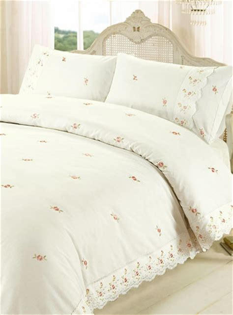 broderie anglaise bed linen broderie anglaise duvet sets bedding