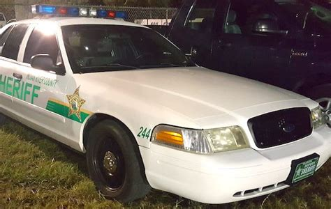 Indian River Sheriff Warrant Search Indian River County Deputy Injured One Person Killed In Gifford Sebastian Daily
