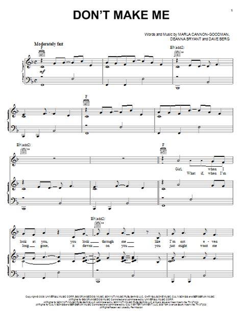 printable lyrics honey bee blake shelton don t make me sheet music direct