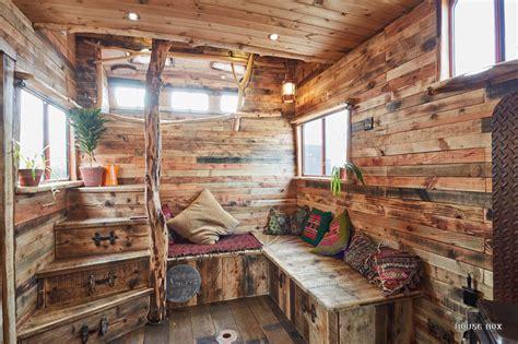 tiny house town helga  horse box tiny house