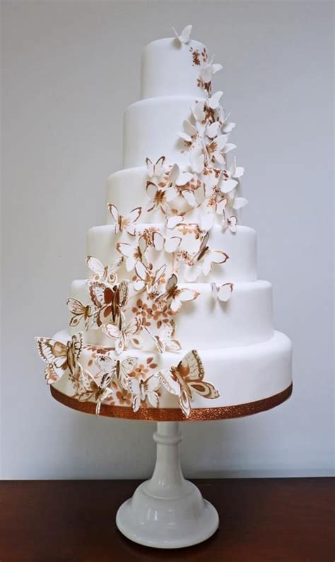 Wedding Cakes With Photos On Them by Wedding Cakes With Butterflies On Them Idea In 2017