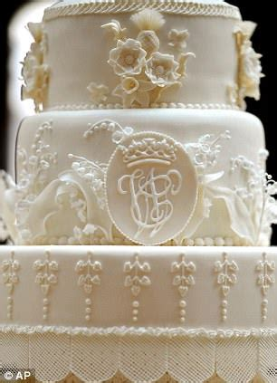 royal wedding cake kate middleton requested  tiers