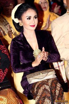 Kebaya Ulli By Rumah Pidusi 1000 images about culture traditional dress on