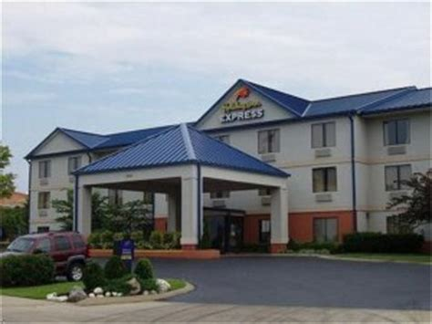 comfort inn franklin tennessee holiday inn express and suites franklin franklin deals