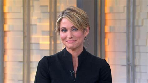 amy robach haircut amy robach s new haircut during chemo video abc news