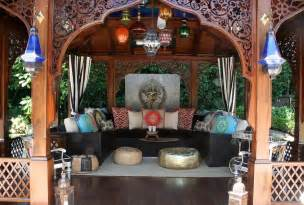 Moroccan Home Decor Moroccan Patios Courtyards Ideas Photos Decor And Inspirations