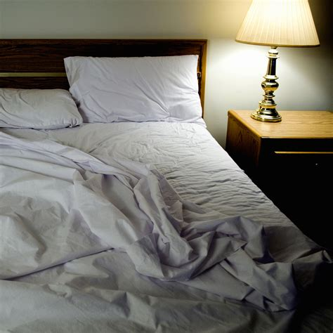 unmade bed sleep drunkenness more common than thought new study