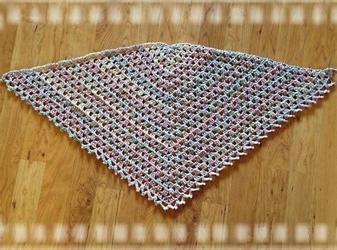 triangle prayer shawl patterns free april s archives trinity prayer shawl free pattern