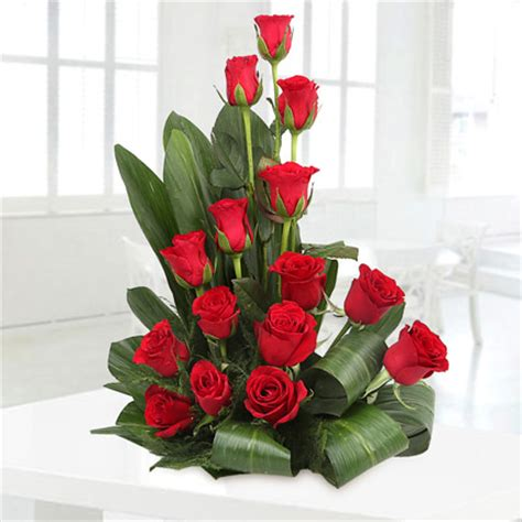 buy rose flower arrangement roses in basket deliver at mid night